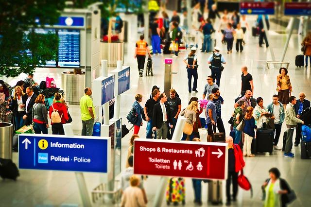 Luchthaven toerisme mensen vakantie
