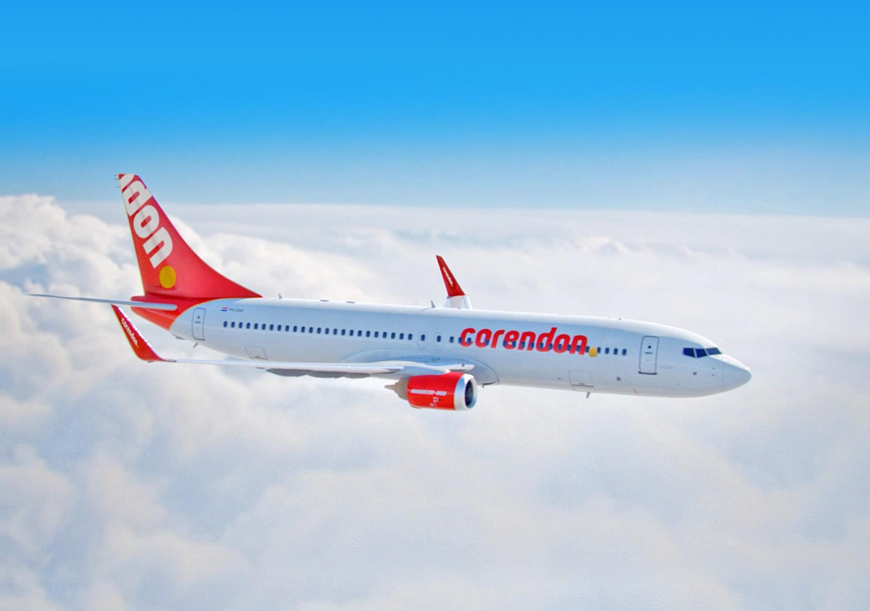 Vliegtuig in de lucht Corendon